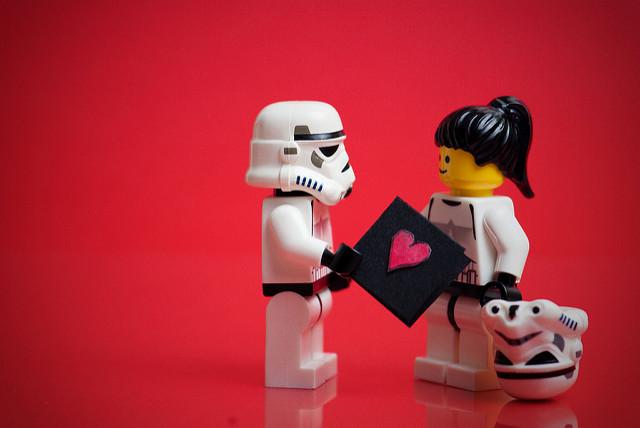 Del zaguán al cyber. San Valentín en la Fiesta del Sábalo