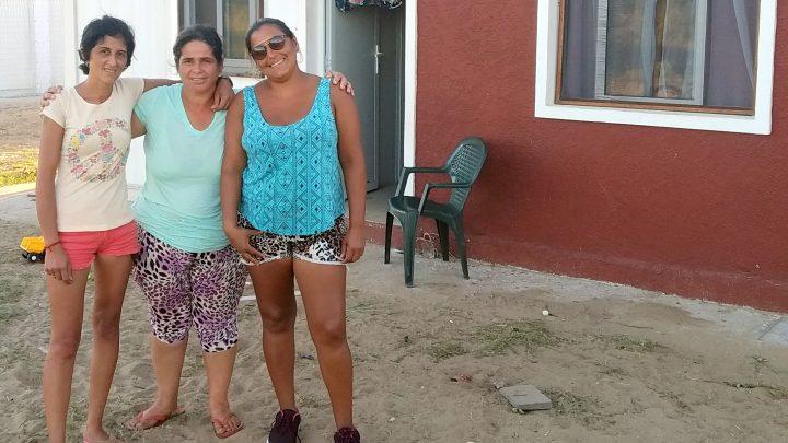 Mujeres en obra en Juan Lacaze: La solidaridad las hará fuertes