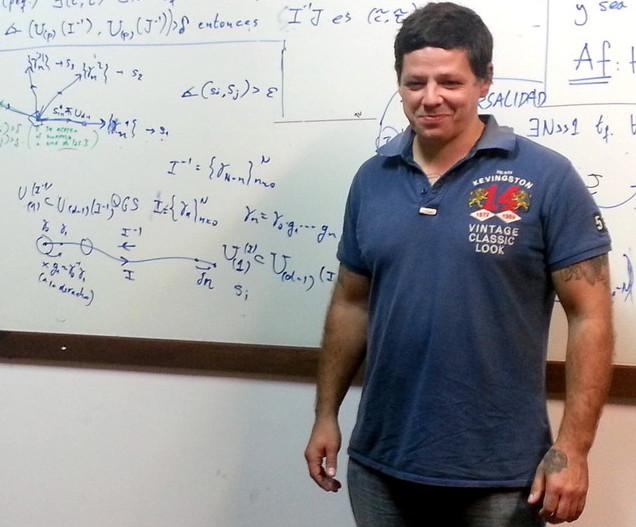 Roy Vitalis, un preso que cursa Ingeniería: «El estudio me abrió la cabeza»