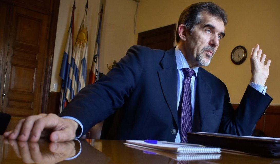 """Director de Salud, Miguel Asqueta: """"No podemos eliminar el virus, tenemos que inmunizarnos de a poco"""""""
