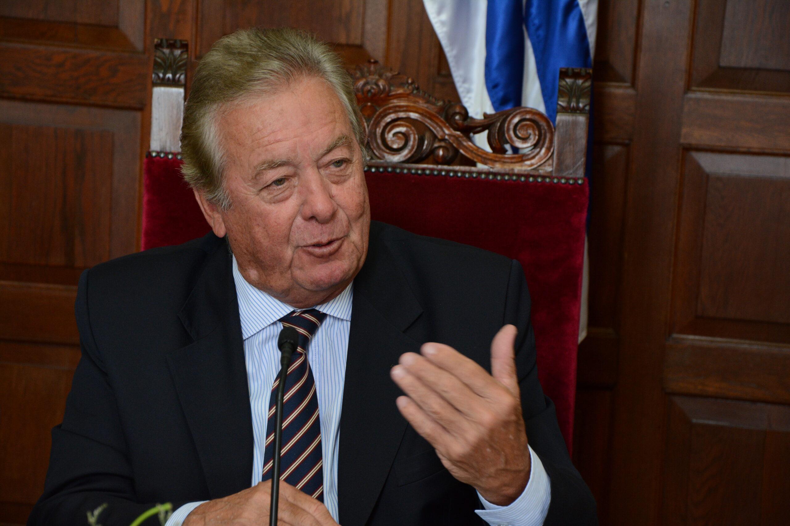 """Carlos Moreira: """"la Intendencia de Colonia ha sido un ejemplo en Uruguay"""""""