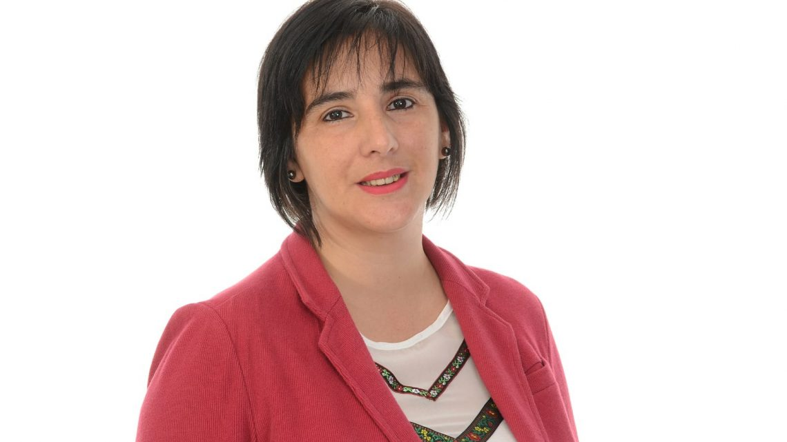 """Irene Álvarez: """"poner una olla popular no puede considerarse un logro en políticas sociales"""""""
